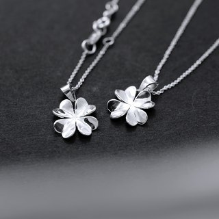 [B.B] classic four-leaf clover necklace. 925 Silver