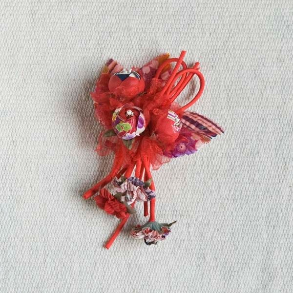 [MITHX] Fu Ying, three shell Jin, a small side clip brooch, styling hair accessories - red
