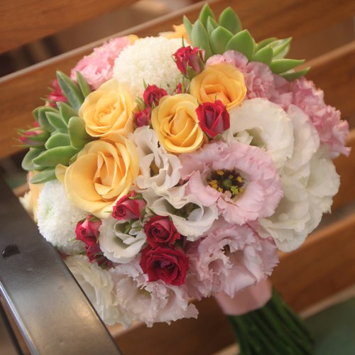 Man flowers - colorful warm colors bridal bouquets customized wedding bouquet of flowers bouquet Continental