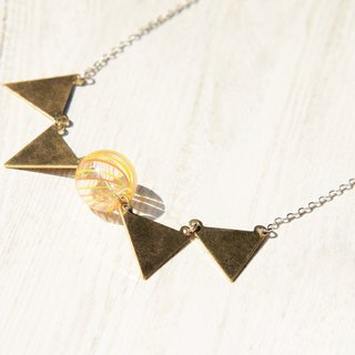 Anniversary Celebration Hall 9.5% / minimalist sense / French geometric modeling brass glass clavicle short chain long chain - pennant