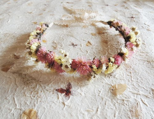 ‧ circle handmade sweet sweet girl French white plum pink amaranth fireworks Huang Xingchen dried flower wreath wedding photo props children