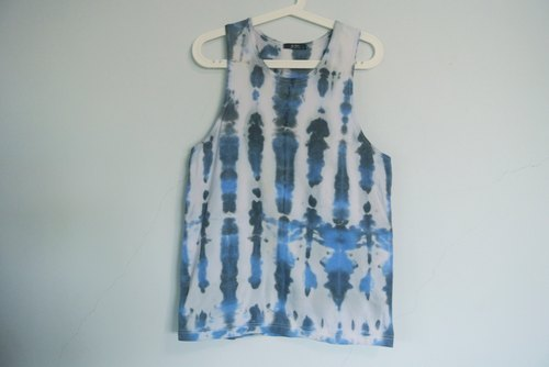 Yan Yan hand-dyed - Yen Yen rendering dress digging been vest. Cotton. Hippie.