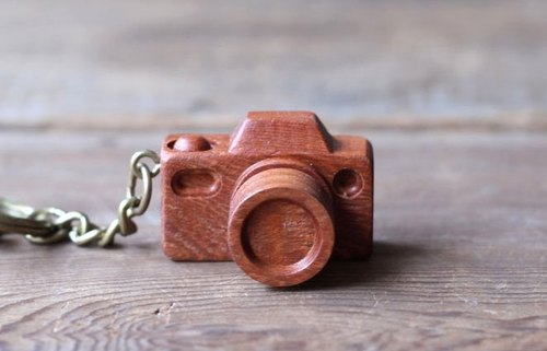 Handmade wooden miniature camera ▣ nuclear keychain light