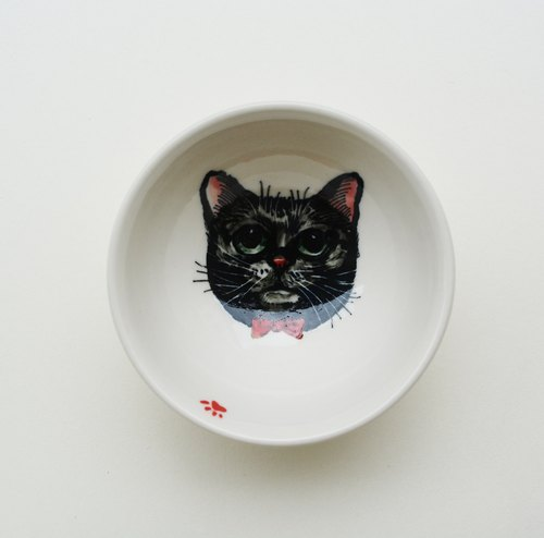 Painted small cup - black cat has a red nose