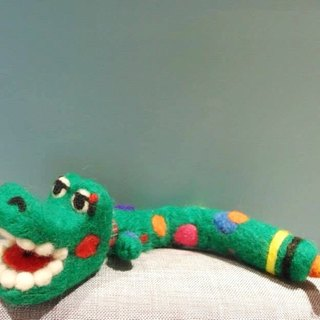 Mew in Wonderland ─ wool felt nice little monster crocodile decorative doll decorations