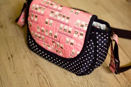 Love the Earth hand-made bag * pink piggy side Backpacks | choose your favorite fabric