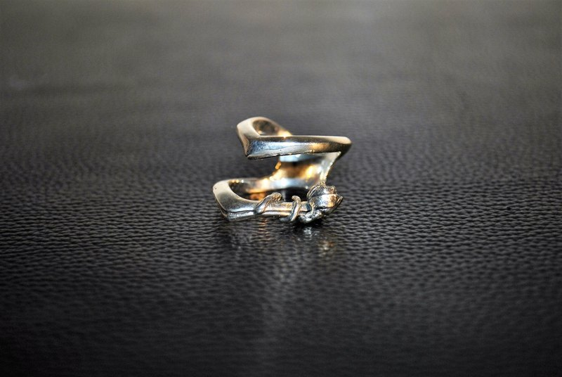| Alarein | handmade silver | Forest Series | Ring | Aeya
