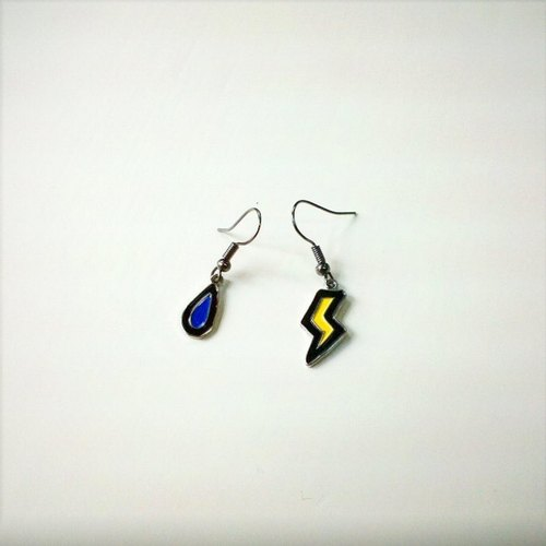 [Iamkamty] Rainy and Stormy earrings (short, pair)