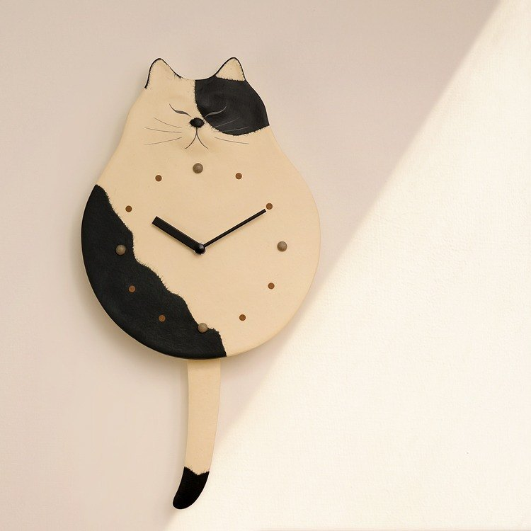 [Free] and transport paper cat tail swing clock / clock - cows (black and white) handmade Japanese ultra-quiet bedroom / office essential