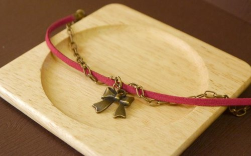 Light you up retro red bow bracelet