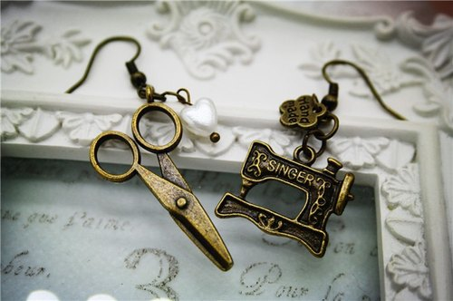 love to sew sewing scissors copper retro cute earrings
