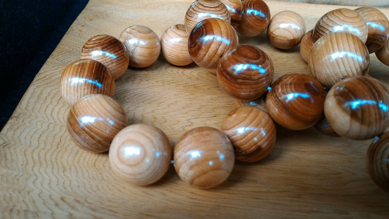 Taiwan yew wood 20MM prayer beads, Bracelet