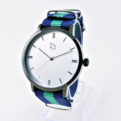 [UNI BASIC] simple silver surface large surface black case watch with three-dimensional scale land between blue green nylon belt