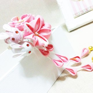 Handcrafted Japanese handmade flower bud rabbit pink flower ball hairpin Mori girl retro hair style hairpin bride kimono bathrobe accessories