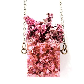 "- Miss Flower Freak - cube necklace of dried flowers - pink string heather - ""Out of The Box"" three-dimensional series"