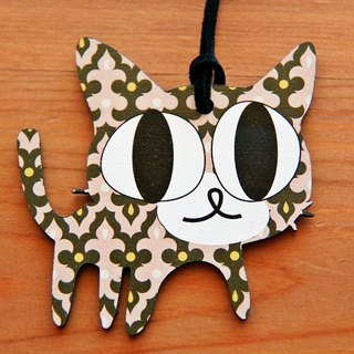 Adorable ♥♥♥ wooden hand as long necklace → tricks tortoiseshell cat