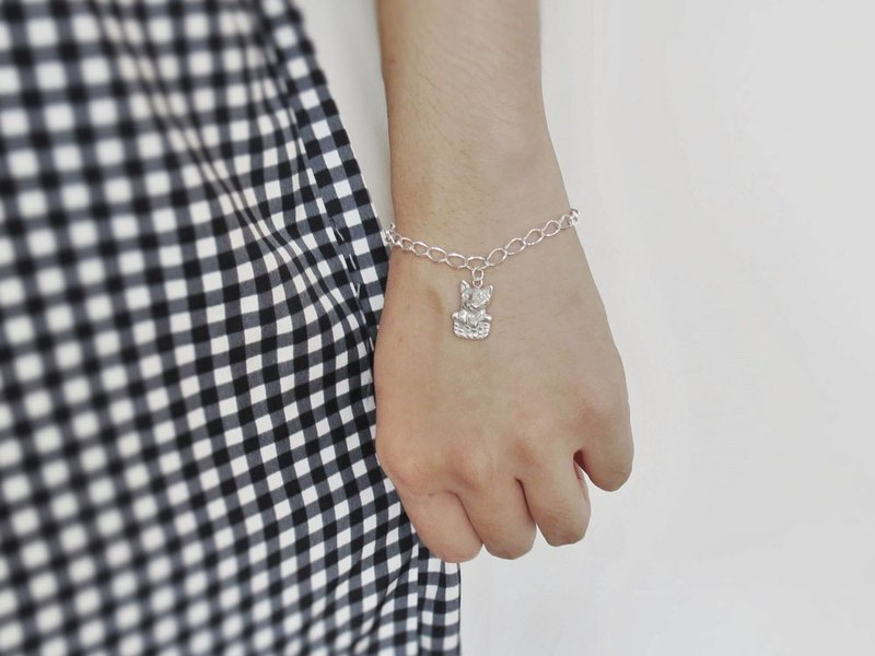 Curious cat (925 sterling silver animal bracelet) - C percent handmade jewelry