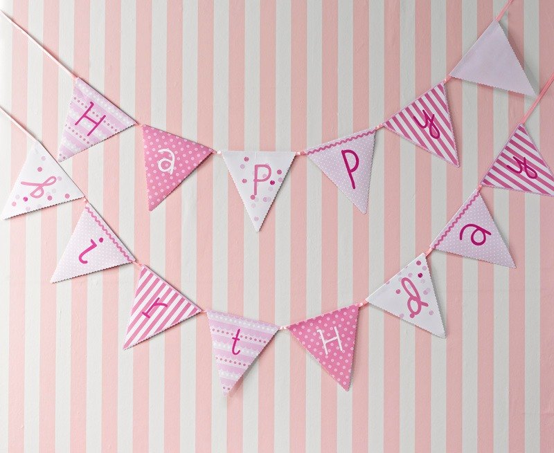 """Feelings § Happy Birthday pink bunting"" Britain Talking Tables Party Supplies"