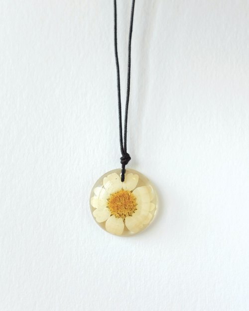 -Nymph Shine- necklace Yahua feverfew []