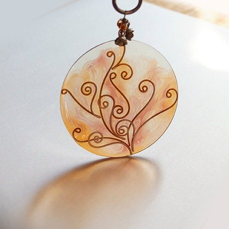 Tree posture round transparent Charm / Resin