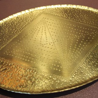 Metalworking hand-made golden tray