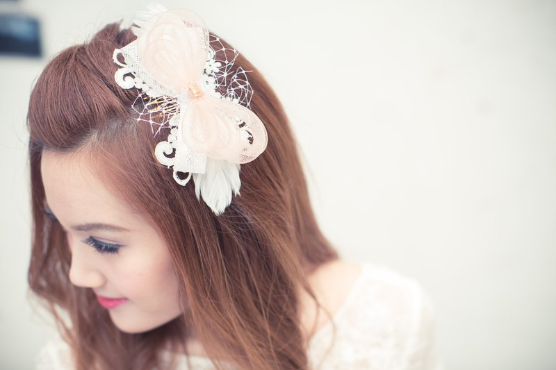 """Being of Love"" handmade / pale pink bow feather headdress / Western-style wedding bride wedding ornaments Fa"