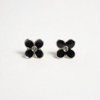 # 00023 [Circle dot] black flower earrings