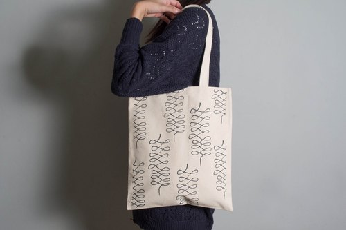 Hand-painted handprints Peibu bag [wool] single / double hand / shoulder Blue Black / Blue Ash