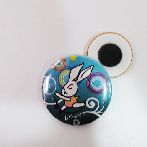 """DNS original design"" Q version of cute baby bunny magnet 38mm Badge"