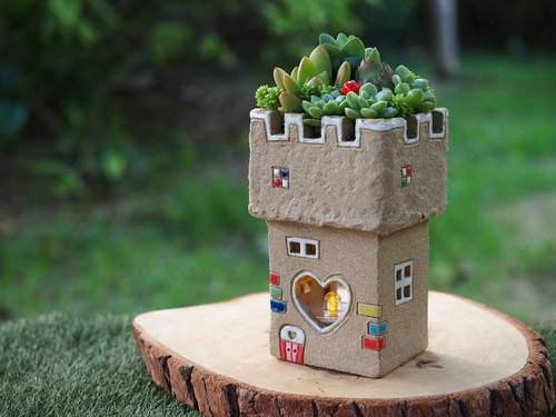 [Garden] Castle Garden Tao hand-made - super cute castle candle light garden (rock beige) / Ceramic Castle / be ordered