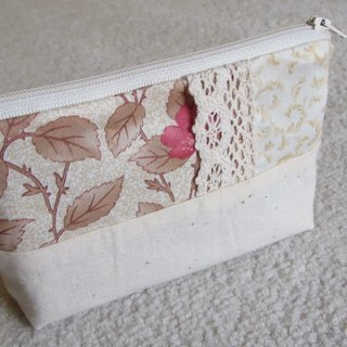 LARIO European retro flower: Ivory Thorn Flower - Small cosmetic bag / debris bag / zipper bags