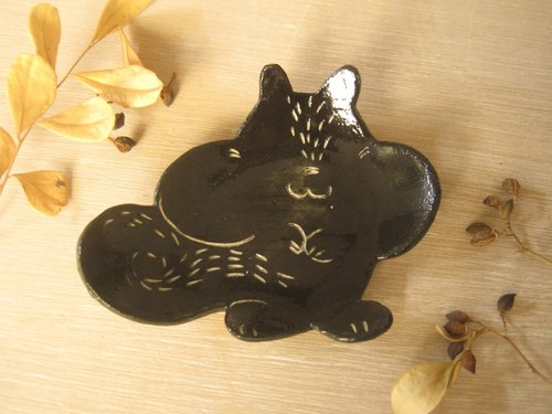 DoDo hand-made animal silhouettes styling plate - Squirrel (Black)