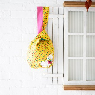 Forest wind yellow bird small cloth