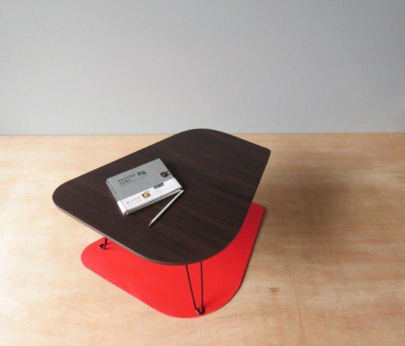 HO MOOD 動物系列—小雞 摺疊桌。