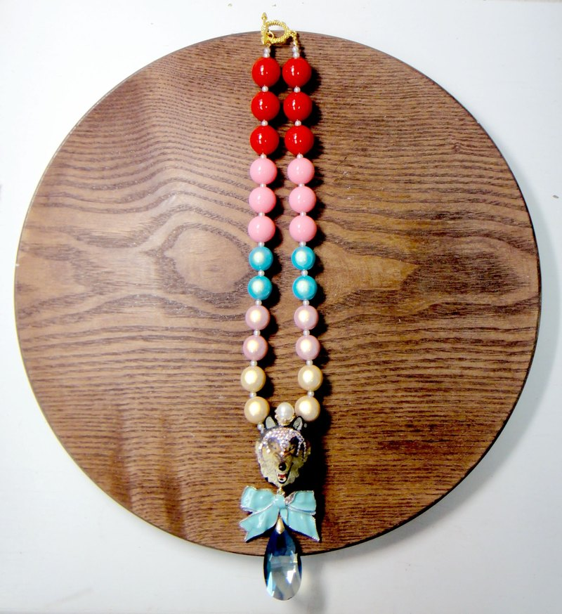 Wolf head color thick bead necklace