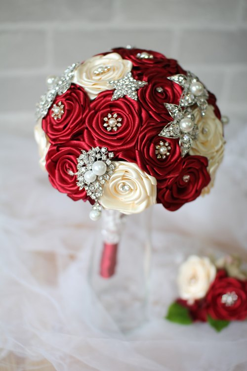 Red] bright - immortalized flower / dried flowers / jewelry bouquet ...