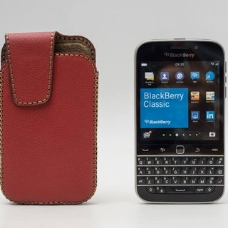BlackBerry Classic Vertical Leather Case - (with cover) - have power-saving features