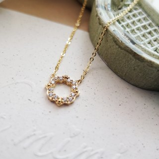 Cha mimi. The Simple Life. Lace circle design diamond necklace