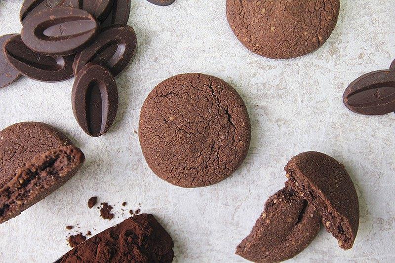 法芙娜可可豆餅乾   半溶的法芙娜巧克力內餡讓人欲罷不能