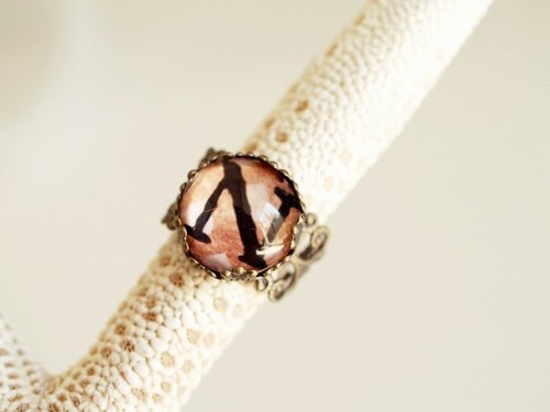 ♥ valentines ♥ ​​OldNew Lady- bronze ring letter [N]