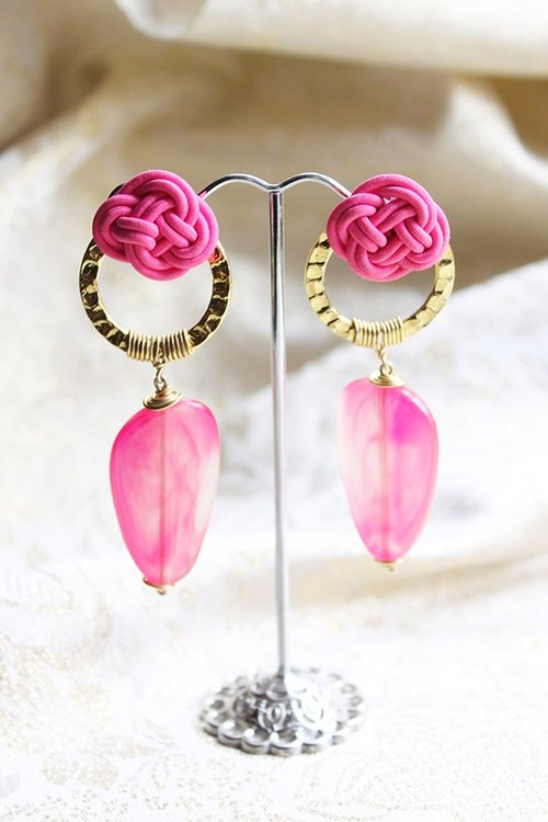 Hot Pink Chinese Knot with Golden Circle Long Drop Earrings (E649)