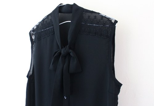 [RE0727T1250] Japanese prime Ya Leisi stitching tie black sleeveless shirt vintage