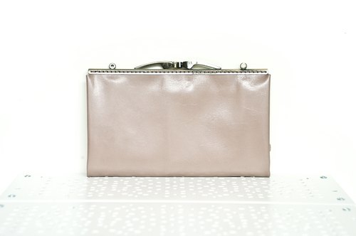 Gold Clutch sheepskin mouth - pink color (remaining one)
