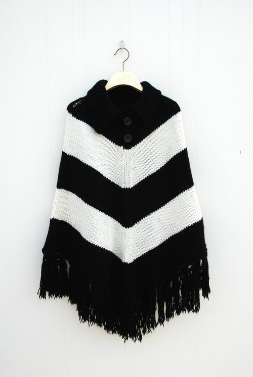 Vintage tassel small cape