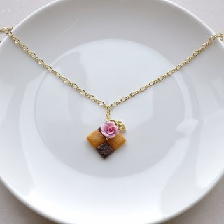 Sweet Dream ☆ board rose biscuit necklace