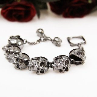 Silver Big Human Skulls Bracelet / Punk Rock Jewelry / Silver Plated Metal Skeleton Cuff