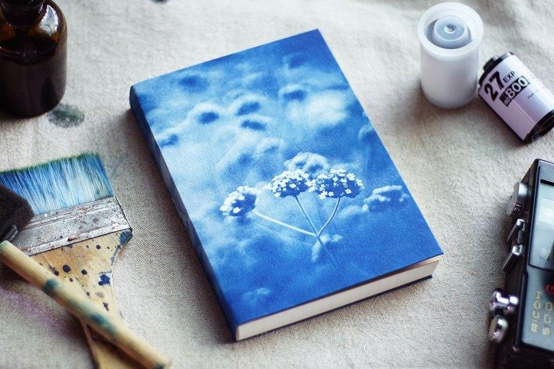 手工藍曬筆記本 - 小野花