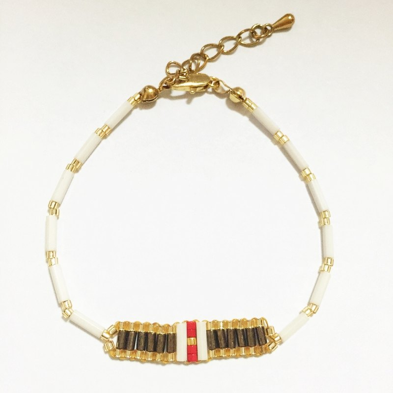ololssim retro elongated mouth Ethnic Bracelets (1129)