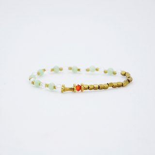 Opal White Crystal Bracelet (062) - Granted