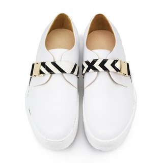 Rattle Shirt M1146A White leather sneakers